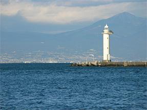 清水港三保防波堤北灯台